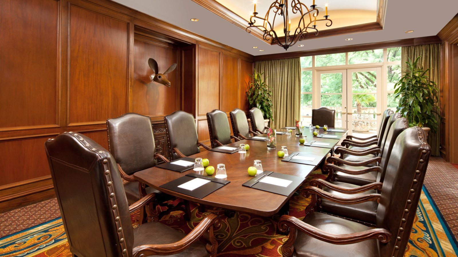 San Antonio Meeting Room - La Babia Executive Boardroom