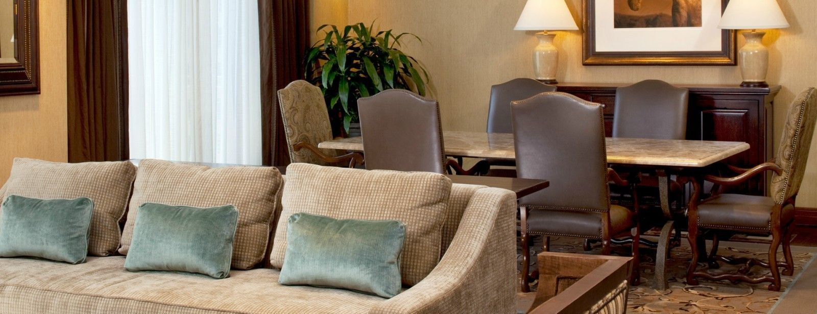 Luxury Suite Parlor - The Westin Riverwalk, San Antonio